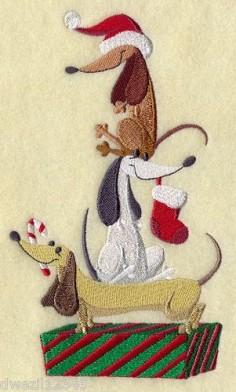 Christmas Weiner Dog   DECK THE HALLS DACHSHUND DOG CHRISTMAS STACK- ...   Bathroom Hand Tow ...
