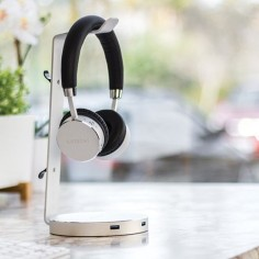 Everything Should Have Its Place: Here's one for your headphones! The Satechi Aluminum USB Headphone Stand.