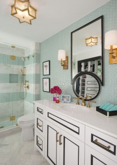 LOVE this aqua & gold bathroom design!!