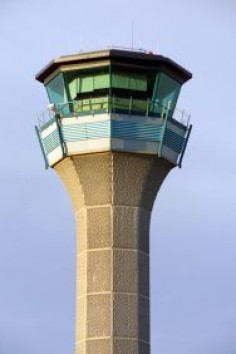 #Luton Tower: With a tower only operation – #radar service comes from Terminal Control at Swanwick – the air traffic movements at Luton tend to come in waves. #Airport #aviation #avgeek
