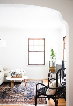 modern living room of blogger Erin of francios et moi / sfgirlbybay