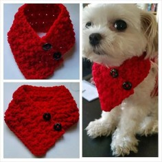 Small Dog Crocheted scarf Red Colors fits most S or M dogs