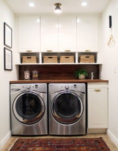 The little sink is a nice  for cleaning up laundry detergent spills. --LYC