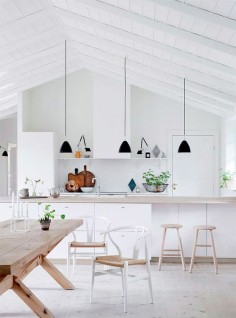 The most beautiful Nordic Kitchen, see full tour on the blog!  Image via Boligliv