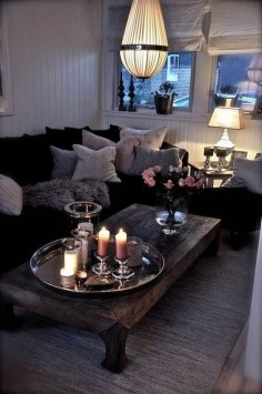 The Right Furniture for Small Living Rooms