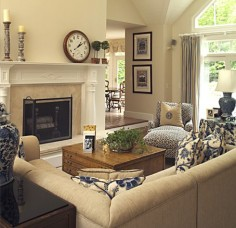 Would like a two way fireplace to be more open to kitchen and breakfast !