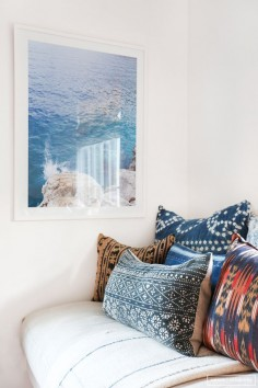 Gorgeous ocean print and love the mixed textiles here Amber Interiors - Client Cool as A Cucumber - Neustadt - 7
