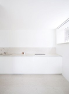 white minimal kitchen HOUSE O, Interior Design 2009, Kronberg, Germany