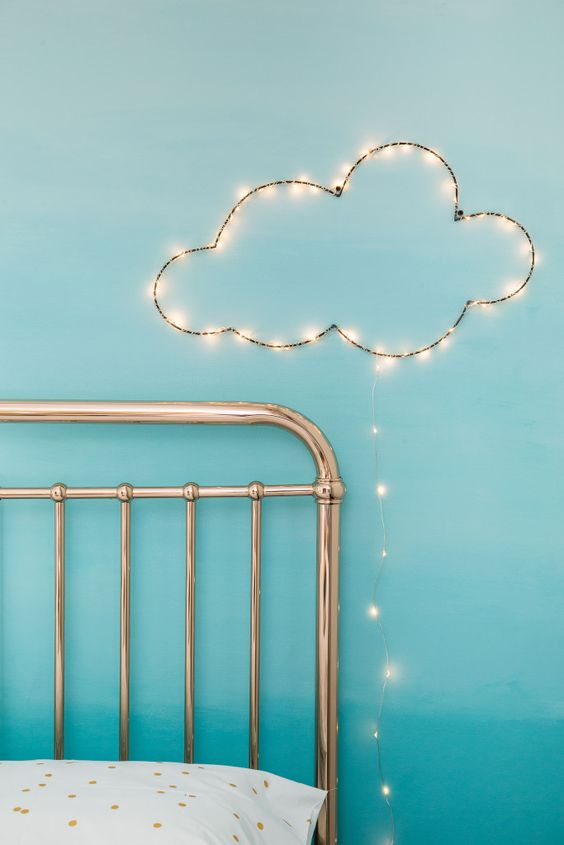 Fairy Lights Wall Hanging : DIY cloud wall hanging with fairy lights.