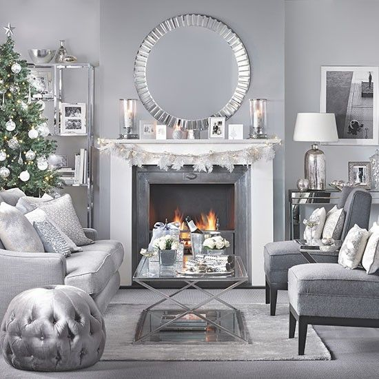 This Christmas living room has an Art Deco look