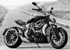 2016 Ducati XDiavel cruiser brings out the devil in you