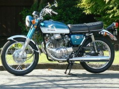 and the other vintage bike i  1970 honda CB 350