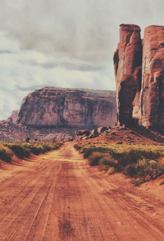 Dirt Road to the Past | Jeff Clow (Monument Valley)