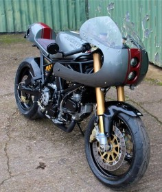 Ducati 900SS by Made in metal - Stafford, UK (via Inazuma Cafe Racer)