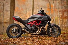 Ducati Diavel. would love for my boyfriend to have this.