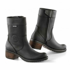 Falco Ayda Ladies Waterproof Motorcycle Boots  Description: The Falco Ayda Womens Motorbike Boots are packed with                     Specifications include                      Hydrophobic Full-Grain Leather Upper – The soft leather used         makes it very easy to get the boots on and off and also makes them        ...