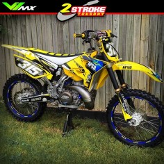 Foto: Hot or Not? Yamaha YZ250 by Robi Field #motocross #dirtbike #yz250 #yamaha #hotornotmx
