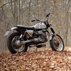 If you go down the woods today … you might find this beautiful Moto Guzzi Nevada-based scrambler. It comes from the Italian custom motorcycle builder Officine Rossopuro, and leaves us wishing Moto Guzzi would build an 'official' V7 Scrambler.