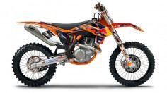 KTM 450SXF Dirt Bike -  - KTM's 2013 450SXF is a completely new, significantly lighter engine. Featuring groundbreaking injection technology that guarantees brutal yet controllable power. Packed into a chassis, which has been improved massively in terms of bodywork, frame and suspension, the 2013 KTM 450 SX‑F sets a new benchmark among the 450 four-strokes in terms of performance and maneuverability with its easy handling.