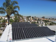 Sunpower solar panels installed in Hermosa Beach help this family reduce its electricity.