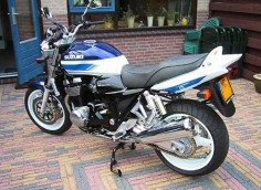 Suzuki GSX1400- we love it! My first pillion experience.