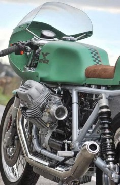 Vintage Moto Guzzi This color reminds me of the old dustbin fairing racers, such as the V-8
