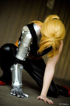 Edward Elric - Full Metal Alchemist cosplay by ~Moongazer22 on deviantART