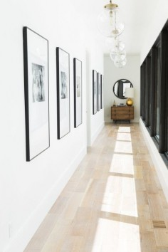 GALLERY WALL ENTRYWAY| a beautiful solution for your entryway |  #entrywaysideas #modernentryways