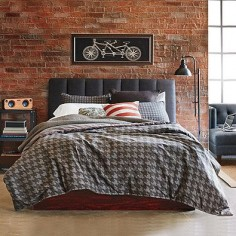 Redecorate your bedroom with a handsome masculine touch with the Studio 3B by Kyle Schuneman Stellan Duvet Cover. Sophisticated houndstooth pattern against a dark grey background is destined to become a modern classic with its chic, crisp, clean look.
