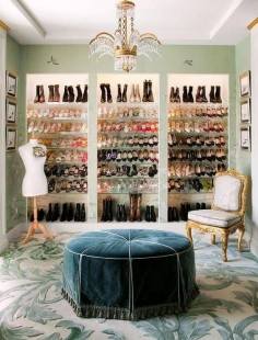 How to Turn a Spare Room into a Walk-In Closet | Domino #manchesterwarehouse